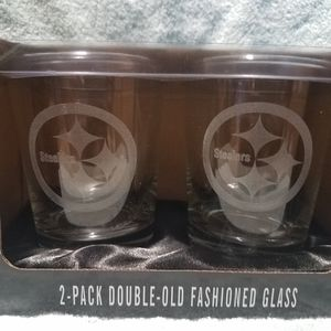 All new STEELERS logo'd 2 pc old fashion glasses